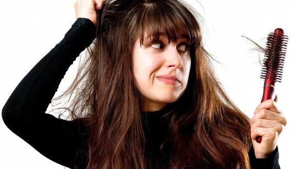 bệnh rụng tóc